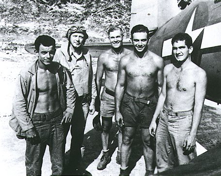 Charles Lindbergh (2nd from left) on Emirau Island May 1944